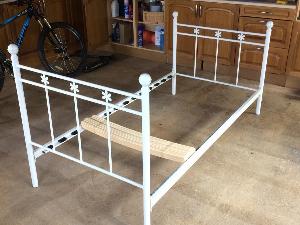 Single bed frame (white metal)