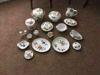 Mixed selection of Worcester china