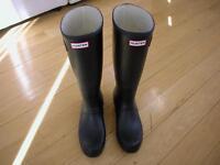 Brand new black Hunter boots size 11