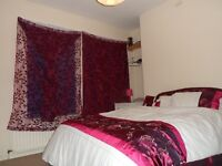 BRIGHT, SPACIOUS, MODERN BIG DOUBLE BEDROOM IN 2 BEDROOM HOUSE WITH A ROOM TO LET