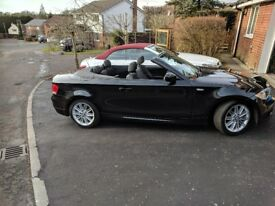 Lovely Metallic Black convertible.M-pack gives so many extras.Next service due 01/2019.ABS, ESP, BT.