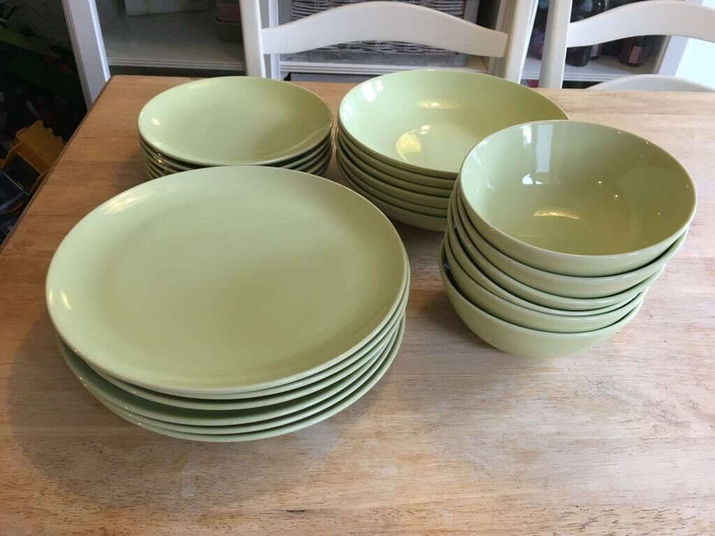 Ikea Green 6 Person Dinner Set Plates And Bowls