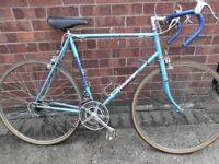 CARLTON CYCLONE GENTS RACER ROAD BIKE