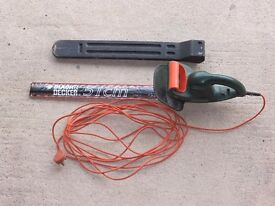 Black & Decker 51 cm electric hedge trimmer
