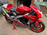Aprillia RSV 1000 Millie track bike