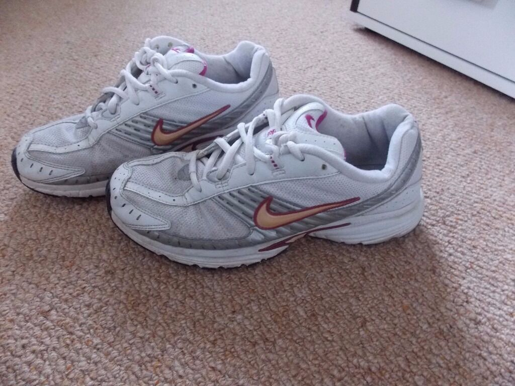 Nike Running shoes very soft and comfyin Liverpool City Centre, MerseysideGumtree - Very soft, very comfy. Used, but still in excellent cond. No holes nothing. Size 7.5. Collection Liverpool city centre or I can post. Check my other items