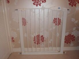 Lindam Stair Gate in Excellent Condition
