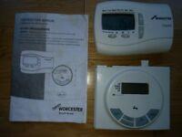 Worcester Bosch DT10RF Digital Wireless Thermostat Programmer & Receiver