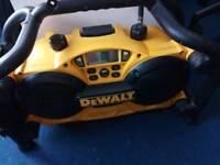 Dewalt dc011-gb radio and charger 2 in 1