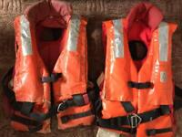 2x life jackets, auto/manual inflation, adults 150N