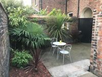 5 bedroom student house available from July or September, 5 min walk to University and Town