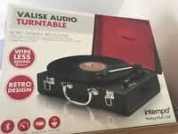 Retro audio turntable suitcase black in box