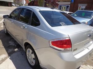 2010 Ford Focus SE CERTIFIED Kitchener / Waterloo Kitchener Area image 3