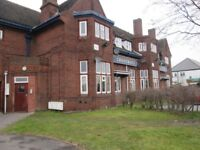 FLAT 15 TO RENT * ONE BEDROOM * COLLEGE ROAD * DSS ACCEPTED * EXCELLENT LOCATION * CALL NOW TO VIEW