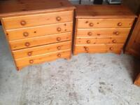 2 pine chest of drawers