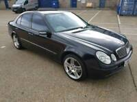 Black Mercedes E320 Diesel