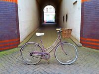 1986 Raleigh Caprice ladies vintage bike. Lovely. Nice colour. Fully working. Front wicker basket