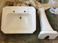 Traditional Bathroom Basin and matching pedestal.