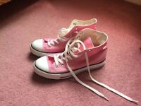 Converse High Tops - Pink - Size 7 - never worn