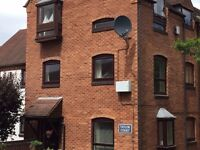2 bedroom apartment to let Warwick town centre