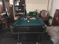 Full size American pool table in excellent condition