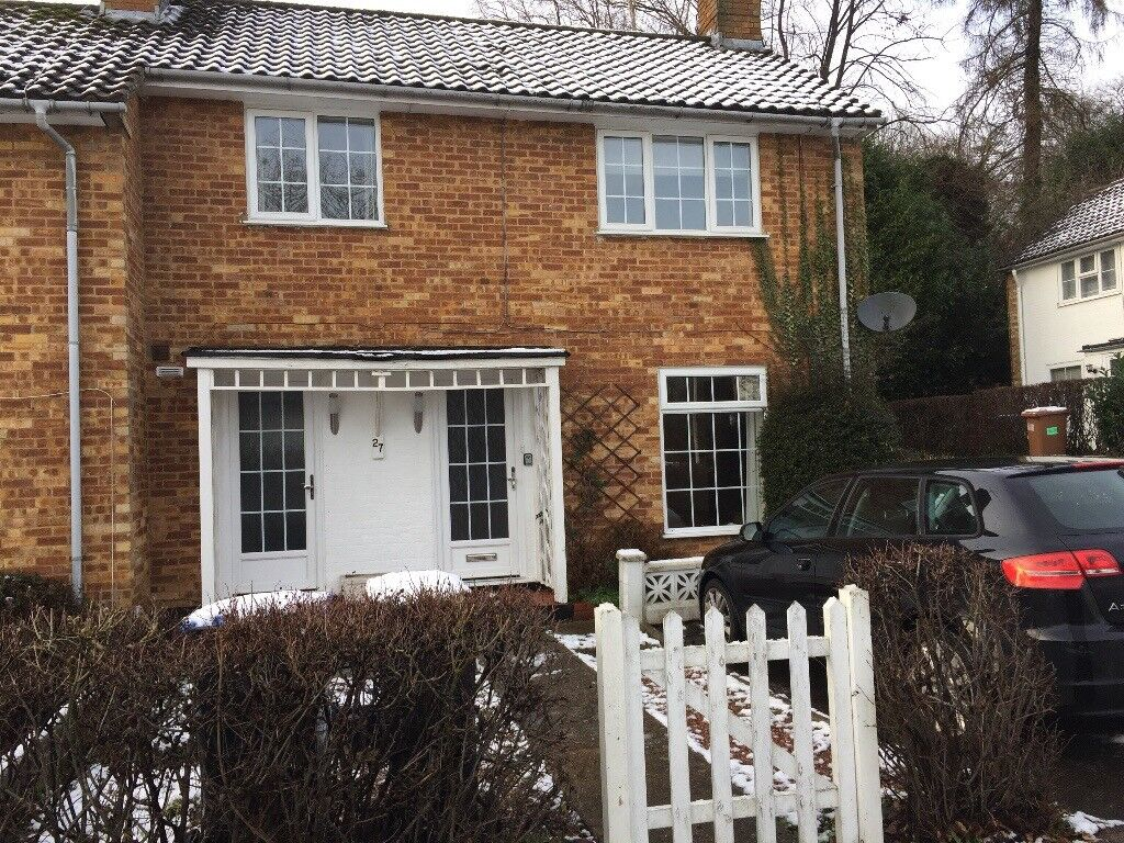 2 Double Bed house in prime location by