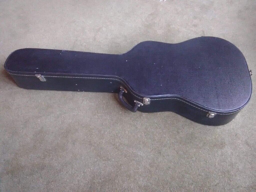 f4999038f44 3/4 size hard guitar case. | in Rotherham, South Yorkshire | Gumtree