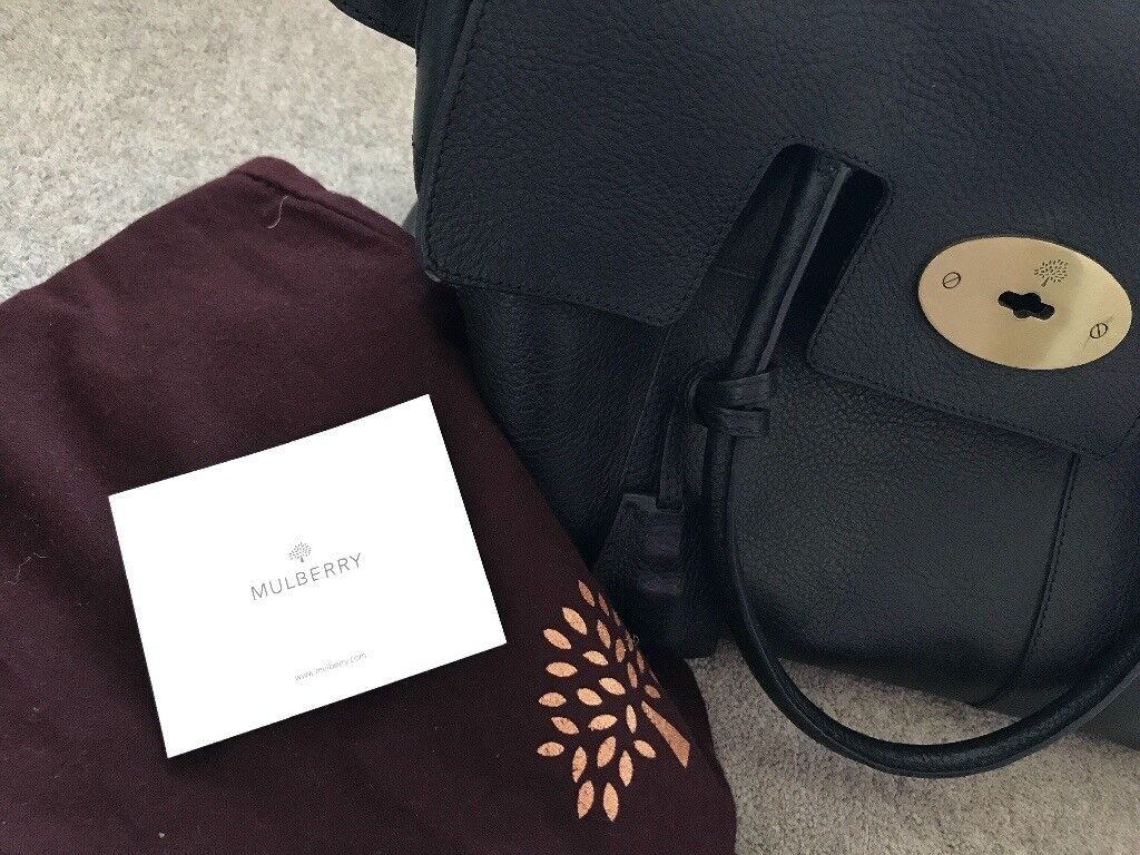 Mulberry Bayswater bag in Black. Like new. Perfect ladies gift