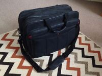 "Davidts Monte Carlo 17""Laptop Bag Black"