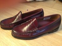 G.H. Bass Men's Weejun penny loafer in burgundy polished leather. Size UK6 - EU40