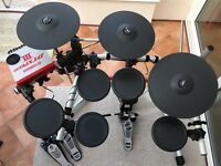 Yamaha DTXpress III Electronic Drums, Double Kick Pedal