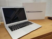 Apple MacBook Air 13, Core i7 2.2 Ghz , 500gb SSD, 8gb ram, Hardly Used