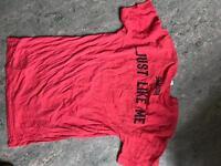 Samson squats red tshirt - size small