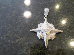 10k white gold star patterned diamond pendant 42.1 grams