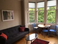 Bright West End Flat; Available start of February 2018