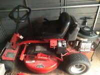 Snapper Rear Engine Lawn Tractor