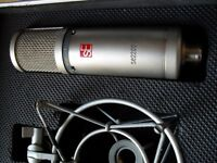 SE Electronics Condenser Microphone (se2200A)