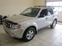 2009 Ford Escape XLT 4X4 4 CYL (NO TAX) ONLY 60K!