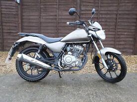 125cc Lexmoto Oregon Motorbike - 16 reg - Electric Start - 5 Gears