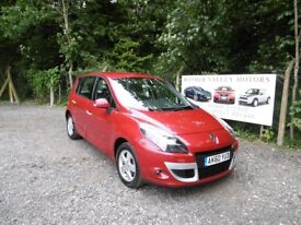 Renault Scenic Dynamique T-Tom DCi FAP, Diesel With Sat Nav, Red, 2011 60 reg, Only One Former Owner
