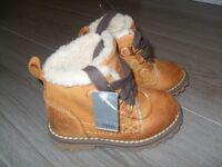 Boys Fur Lined Tan Timberland Boots - UK Size 4 (Infant)