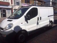 Vauxhall VIVARO 2900 DI SWB, van, 1 FORMER KEEPER, ROOF RACK VERY CLEAN IN & OUT