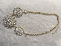 AMAZING glamour necklace Big 3 flowers with almond clear zircons gold colour