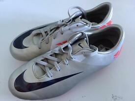 L@@K BARGAIN mercurial silver/pink Football Boots