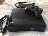 Xbox 360 S plus controller