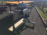 Outboard engine stand