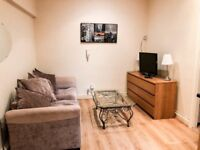 Large One Bedroom flat located on the heart of Notting Hill , Linden Gardens, Notting Hill, W