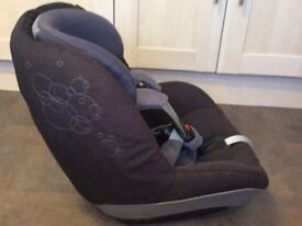 Maxi Cosi pearl car seat group 1 9 Months - 4 years isofix Familyfix Toddler Baby