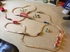 WOODEN TRAIN SET BUNDLE COMPATIBLE WITH BRIO