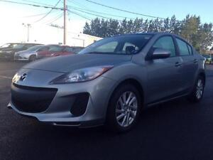 2012 Mazda Mazda3 GS-SKY | MANUAL | HTD SEATS | BLUETOOTH |58MPG